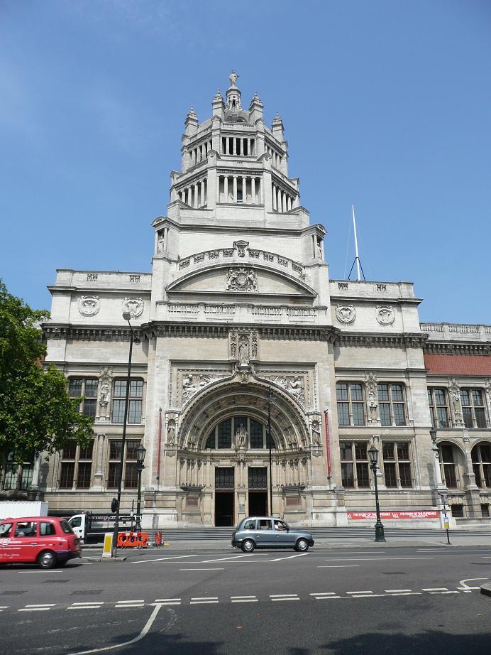 Mengenal Sejarah Museum Victoria dan Albert di London